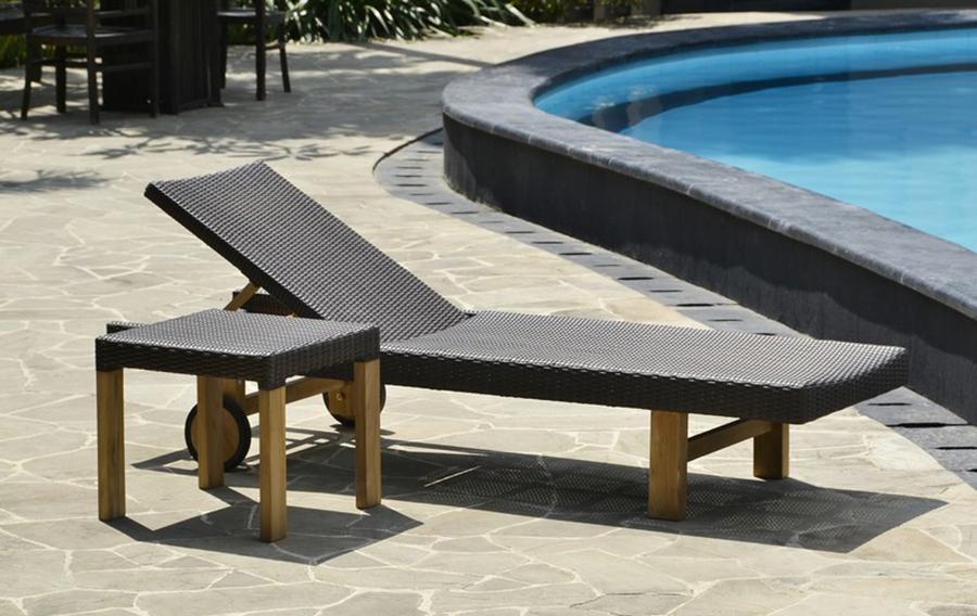 Lounger Monica & Side Table Monica